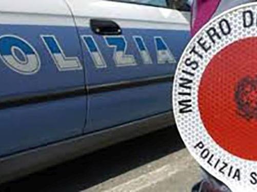 Firenze: sorpresi all'esame di guida con tarocco. Un altro si fa sostituire. Denunciati