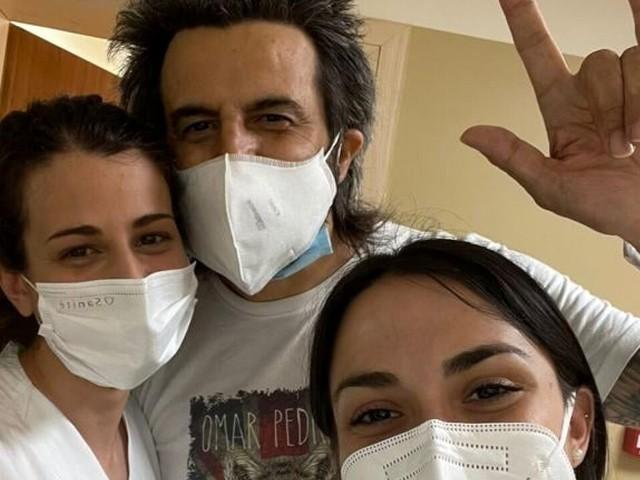 Stop ai concerti: Omar Pedrini di nuovo in ospedale, dovrà essere operato