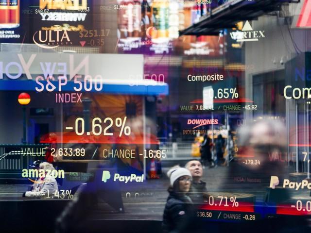 JPMorgan, previsto esodo da azioni globali entro fine anno
