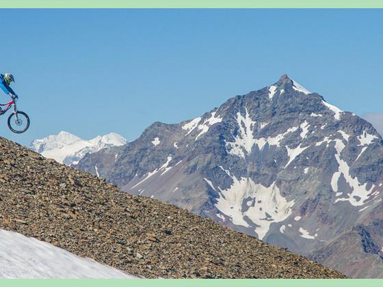 Adrenalina e relax: i due volti della Valtellina
