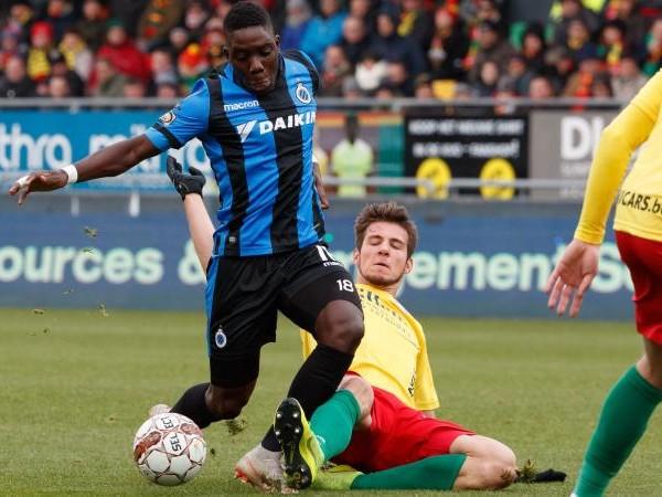 Aston Villa: Nakamba rompe con il Club Bruges