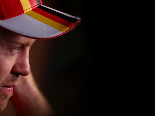 """Vettel: """"Alonso favorito? Non mi interessa"""""""