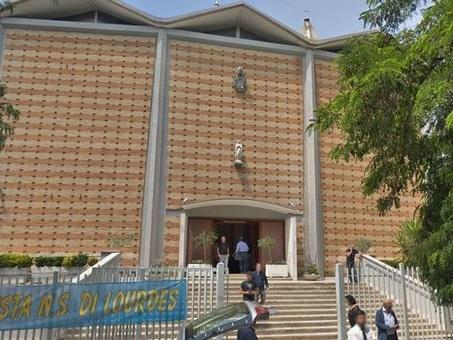Roma, tenta furto in chiesa, il parroco lo sorprende: arrestato dopo un mese di indagini