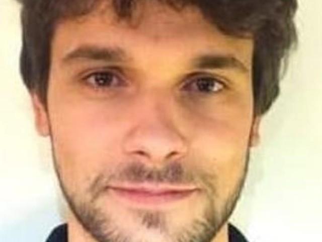 Giacomo Sartori ritrovato morto: trovato impiccato ad un albero. La pista del gesto autolesivo