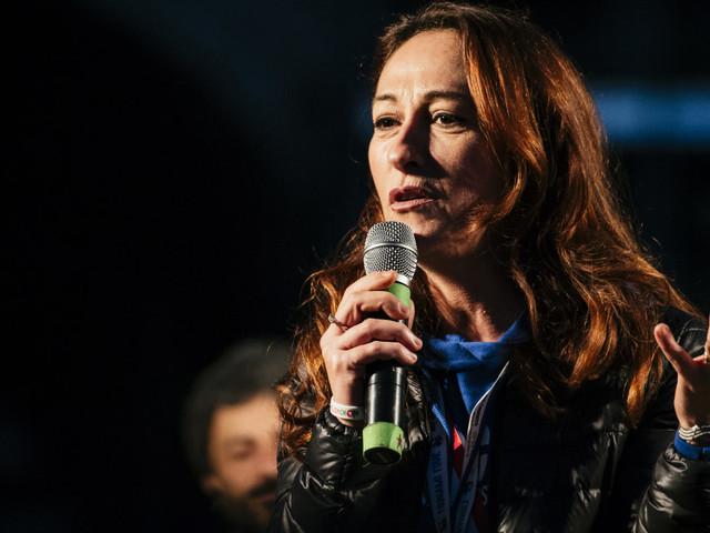 """Paola Taverna: """"Sui vaccini il decreto è violento. C'è un'epidemia e non lo sappiamo?"""""""