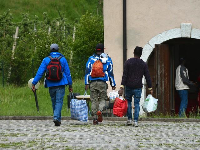 Taglio alle risorse per l'accoglienza e l'integrazione «Non va bene, salta la comunità: Fugatti ci ripensi»