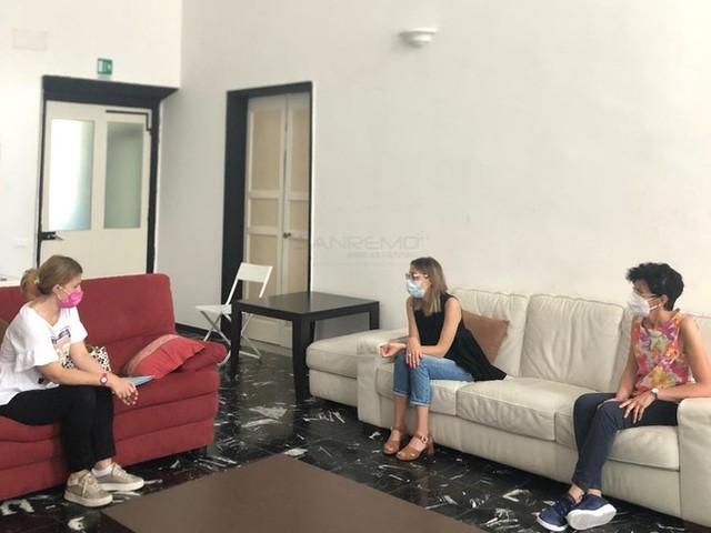 Taggia: visita di Chiara Cerri e Martina Gandolfo alla Casa di Accoglienza del Centro Aiuto alla Vita (Foto)