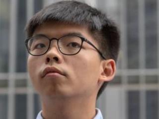 "Joshua Wong rischia l'arresto e avverte l'Italia. ""Hong Kong è la Berlino di questa Guerra fredda"""
