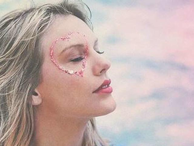"""Taylor Swift, """"Lover""""/ Video, primo album """"libero"""": ispirata dal fidanzato Joe Alwyn?"""