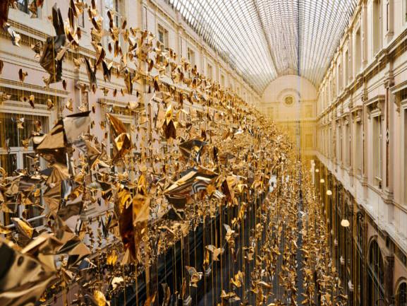 50.000 colombe illuminano il Natale di Bruxelles