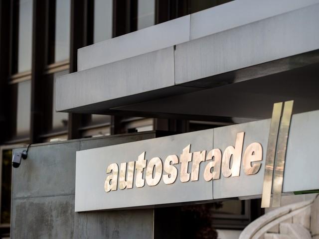 Atlantia accusa il governo di aver violato le norme europee. E scrive all'Ue
