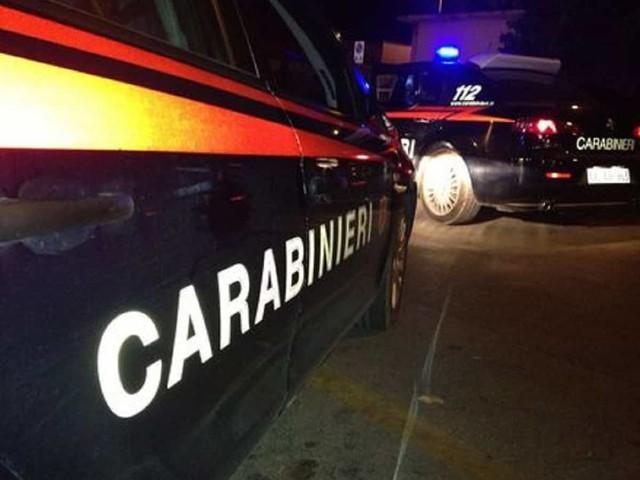 Cagliari, accoltellati tre meccanici dopo lite: uno è grave. Fermato un sospettato