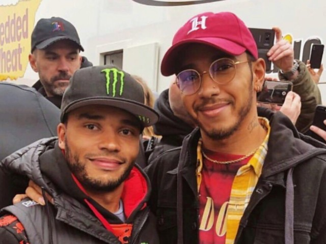Chi è Nicolas Hamilton, il fratello di Lewis, diventato pilota