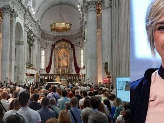 """Funerale Nadia Toffa in streaming su Facebook per l'ultimo saluto. Il ricordo di Don Maurizio: """"Come Gesù è stata amata ed odiata"""""""