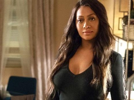La La Anthony nel reboot di Beverly Hills 90210 nel ruolo della moglie di uno dei protagonisti, quale?