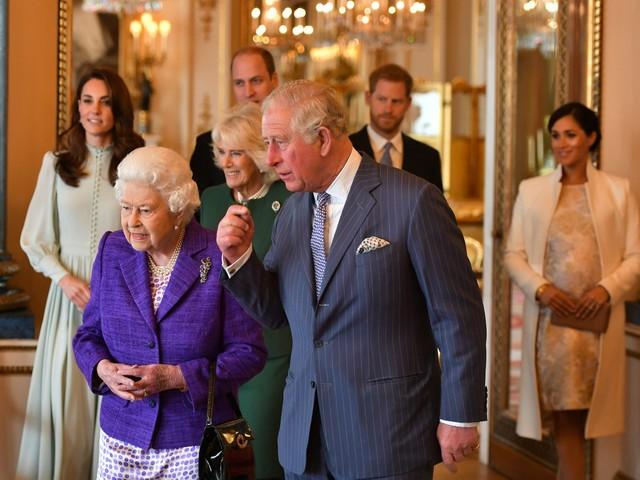 Il principe Carlo e il piano di ridimensionamento della royal family