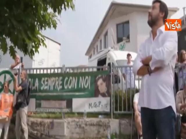 Salvini all'Albero della Vita di Pontida si commuove ricordando i militanti scomparsi
