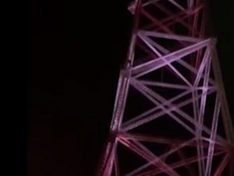 Torre Faro illuminata, festa a Messina