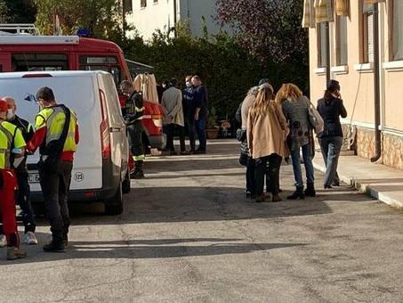 Verona, mamma uccide le figlie di 3 e 11 anni in una casa d'accoglienza e fugge: ricercata