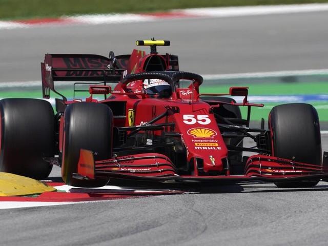 F1, GP Spagna 2021. Lewis Hamilton favoritissimo per la vittoria. La Ferrari vuole chiudere a ridosso del podio