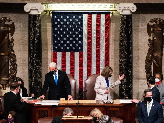 Joe Biden è il nuovo Presidente Usa: il Congresso dà il via libera, ma il Paese è sotto shock