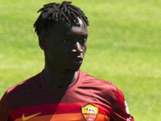 Ebrima Darboe dal campo profughi in Libia all'esordio in Serie A con la Roma