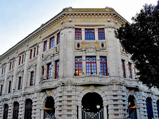 I 91 anni del palazzo delle poste di Catania
