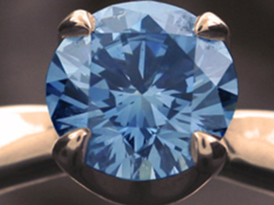 Un disco di vinile o un diamante? Cosa volete diventare dopo la morte?