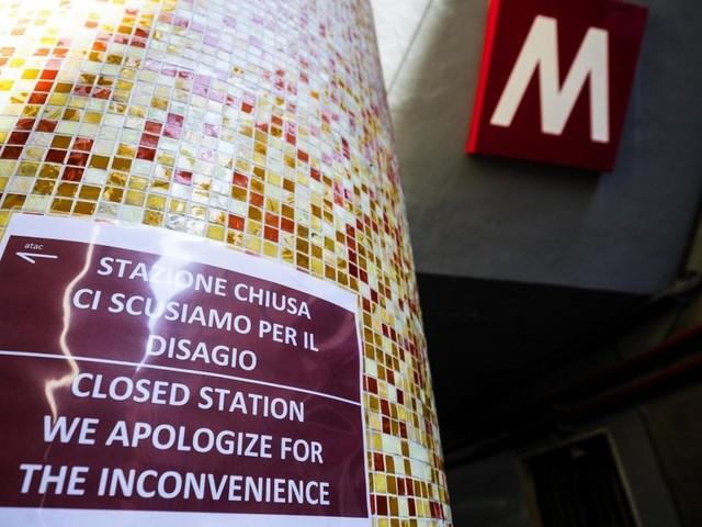 Incidenti e guasti metro A a Roma, Anac chiede chiarimenti a Atac su manutenzione scale mobili