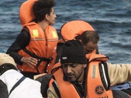 """Il Nord Africa riapre le """"basi"""". Pronto un esodo verso l'Italia"""
