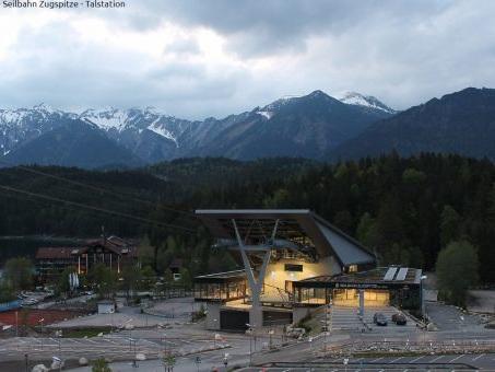Meteo Maggio da record in Germania: 6 metri di neve in cima alla Zugspitze