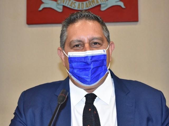 """Vaccini, Toti: """"Record di 104.000 dosi in una settimana, al via altre 3 open night"""". Da domani partono le prenotazioni per fascia 12/17"""