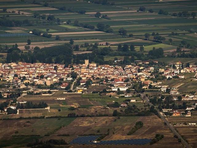 """Ortucchio, il borgo sul lago esplorato da Roberto Giacobbo a """"Freedom"""""""