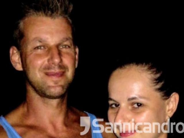 """Gargano: coppia in luna di miele, turisti stranieri """"derubati di tutto. Chiedono aiuto per rimpatriare"""" Moglie e marito in Puglia dalla Repubblica Ceca"""