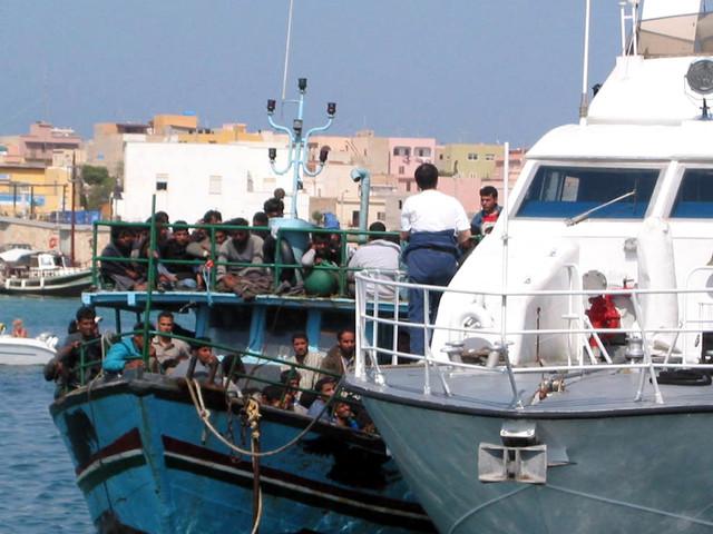 """Libia, lo """"schiaffo"""" Ue all'Italia: """"Migranti? No a ricollocamenti"""""""