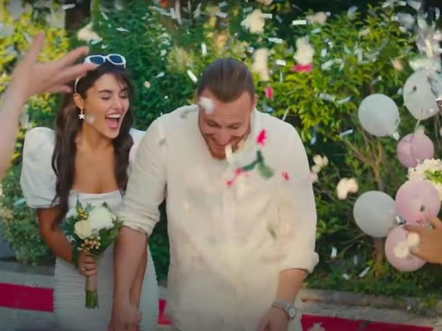 Sen Çal Kapımı, anticipazioni puntata 48 dell'11/08: Serkan Bolat ed Eda Yıldız si sposano