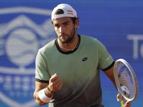Tennis, festa Berrettini: batte Karatsev e vince il torneo di Belgrado