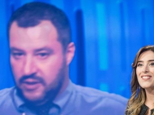 Il duello su Twitter tra Boschi e Salvini