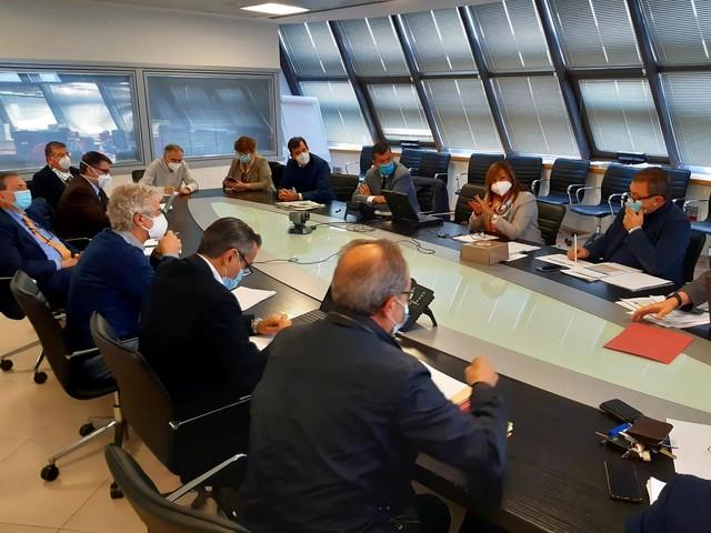 Scuola, trasporti e movida, gli interventi anti Covid in Umbria | Spoleto, ospedale di fascia A