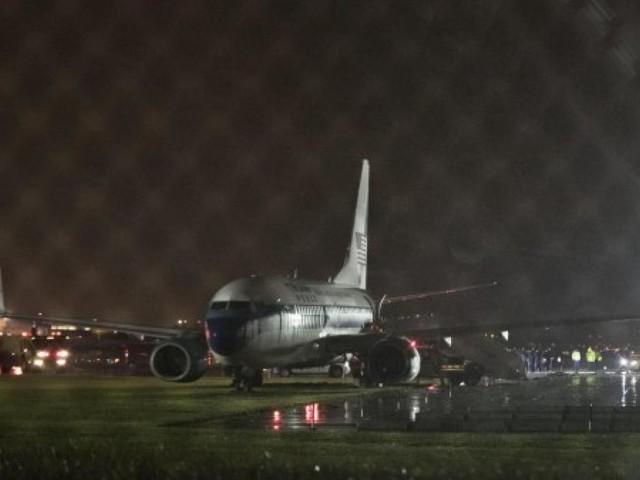 Russia, aereo finisce fuori pista e prende fuoco: 18 feriti ed un morto (VIDEO)