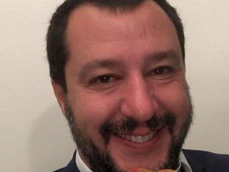 """Salvini a Catania: """"Il mio tour Trapani-Ragusa in treno, 350 km in 13 ore"""""""