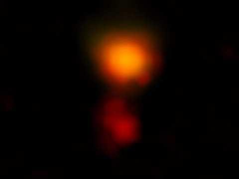 Il radiotelescopio ALMA usato per uno studio su MAMBO-9, una galassia polverosa lontana 13 miliardi di anni luce