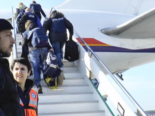 La Ong che aiuta i migranti che vogliono lasciare l'Italia e tornare a casa