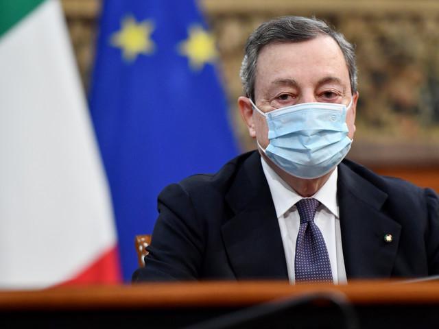 """Draghi si vaccina """"Io farò AstraZeneca. Sospensione giusta. Basta ordine sparso ora regole comuni"""""""