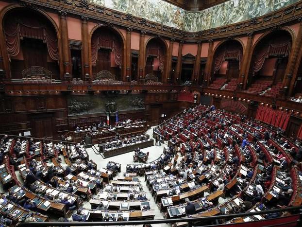 Ok Pd a emendamenti riforma referendum