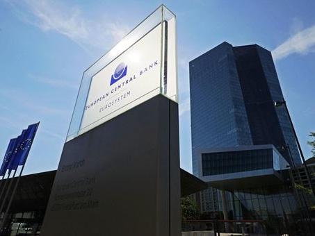 """Inflazione, BCE: incremento """"temporaneo"""", calerà nel 2022"""