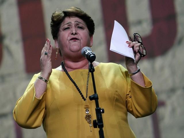 """La proposta della Bellanova: """"Regolarizzare subito i lavoratori stranieri"""""""
