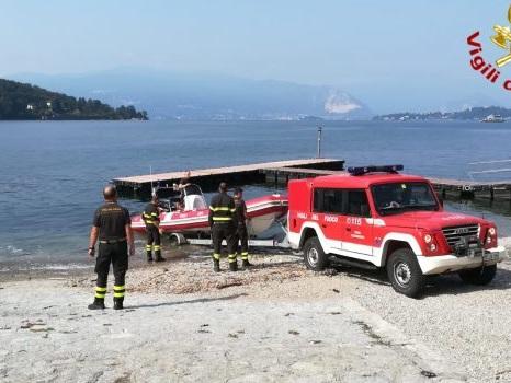 Soccorso persona sul lago Maggiore