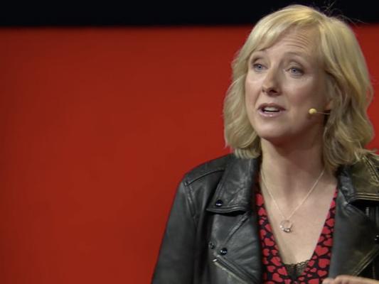 Parola per parola, il formidabile discorso della giornalista che ha inchiodato Facebook