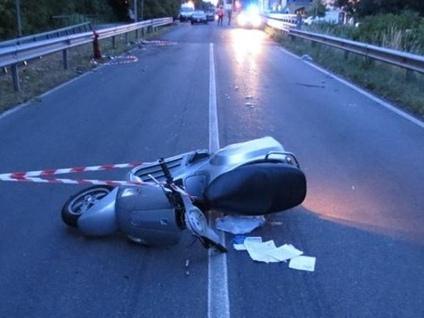 Tragedia di Azzano, l'analisi del perito «La moto si spostò da destra a sinistra»